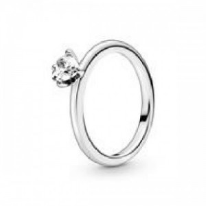 Heart sterling silver ring with clear cu